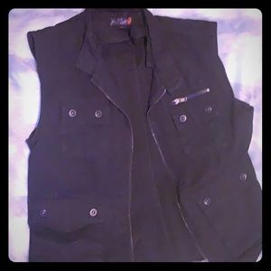 Sexy Men's G by guess fitted vest with zipper